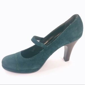 Naturalizer Shoes - Naturalizer Green suede Mary Jane Heels Size 7.5
